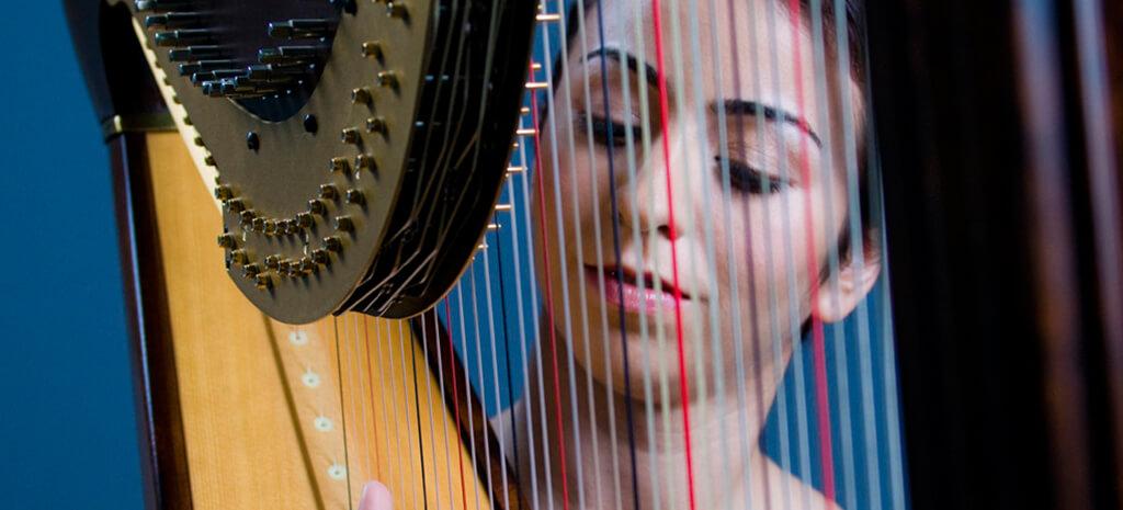 harpist-for-valentine-day